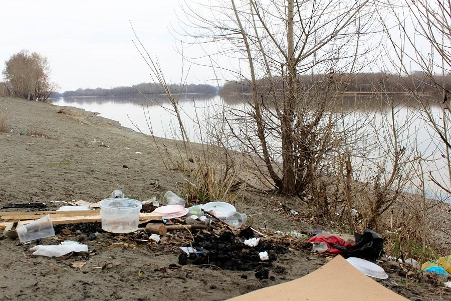 Что ты мусор путаешь берега