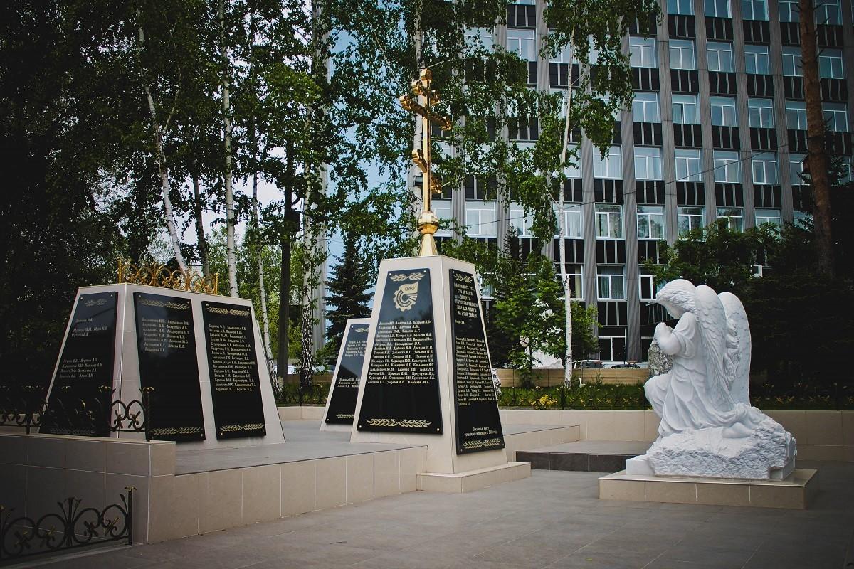 Сквер мраморных скульптур «Весна»