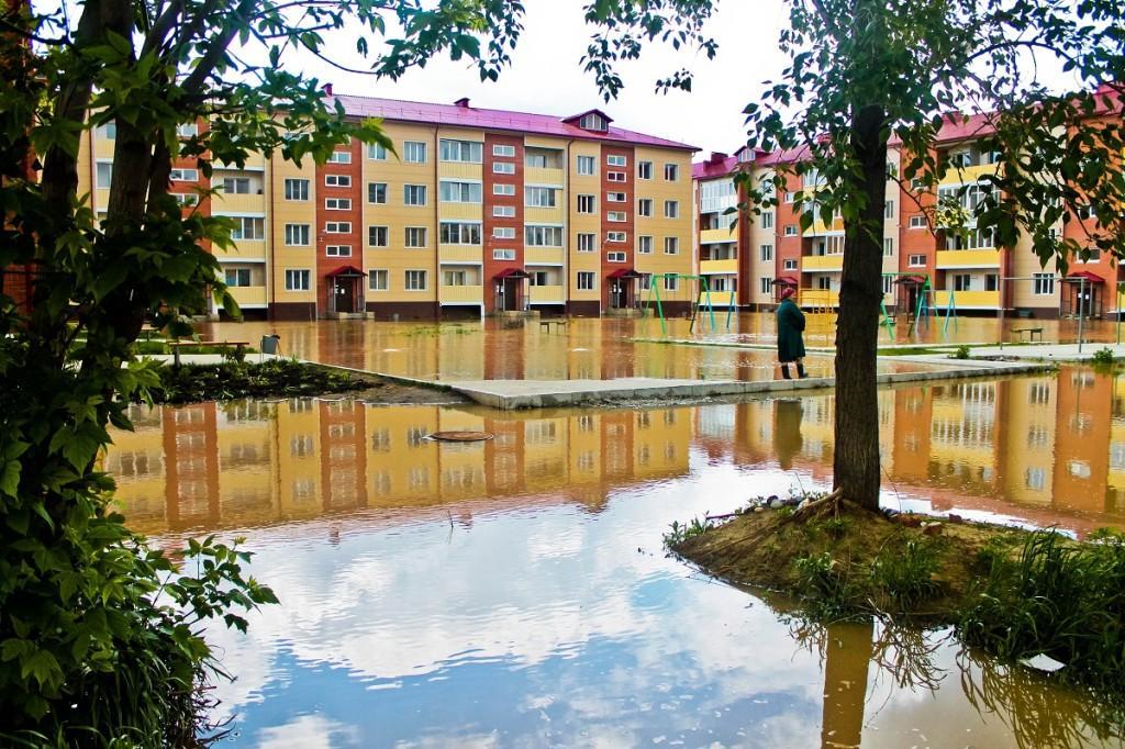 Район Мать и дитя. Наводнение в Бийске 1 июня 2014 года