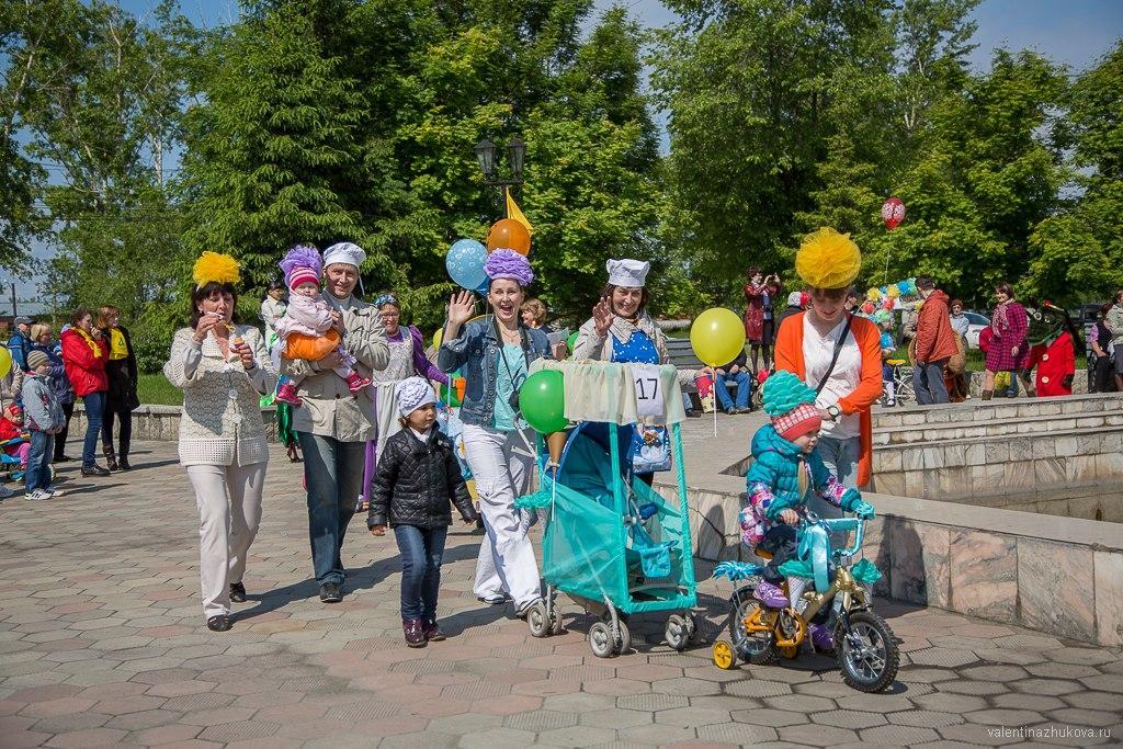 Парад колясов, велосипедов и самокатов