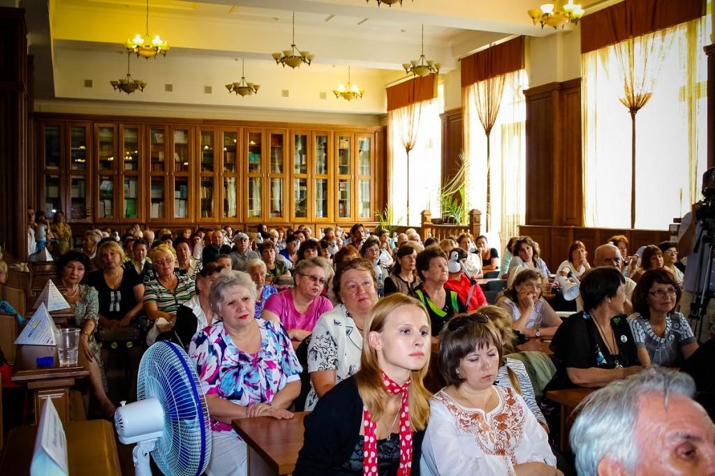 Центральная городская библиотека г. Бийска. Презентация собрания сочинений Шукшина