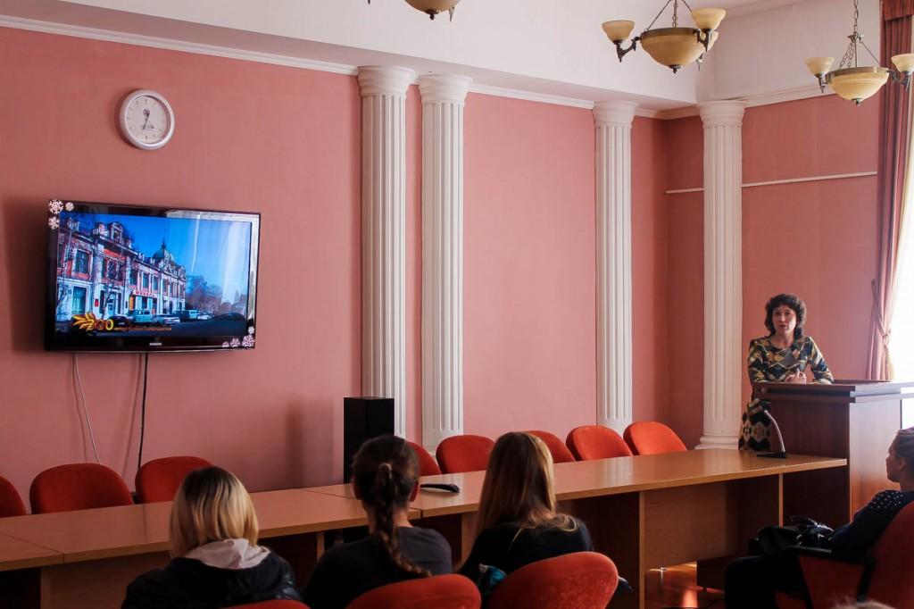 """Виртуальная экскурсия """"По улочкам старого города"""" в Центральной городской библиотеке Бийска"""