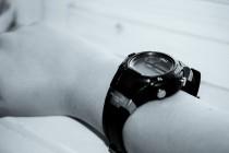 Часы в обмен на свободу
