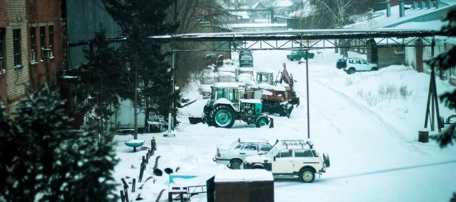 В Бийске прошел снежный субботник
