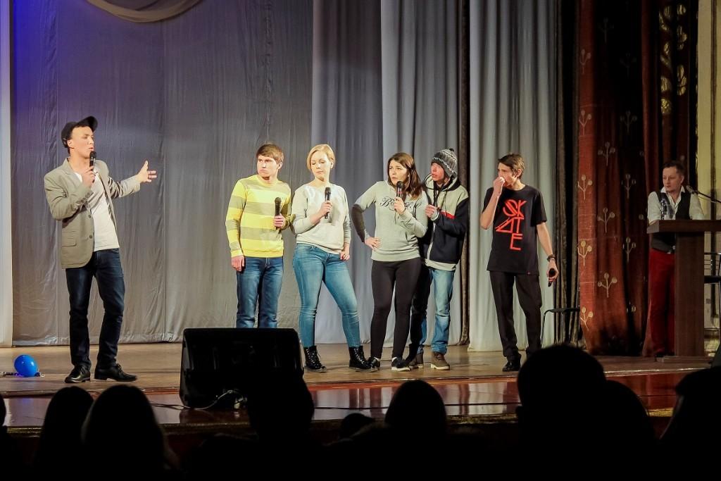 Фото третьего полуфинала КВН в Бийске. Команда