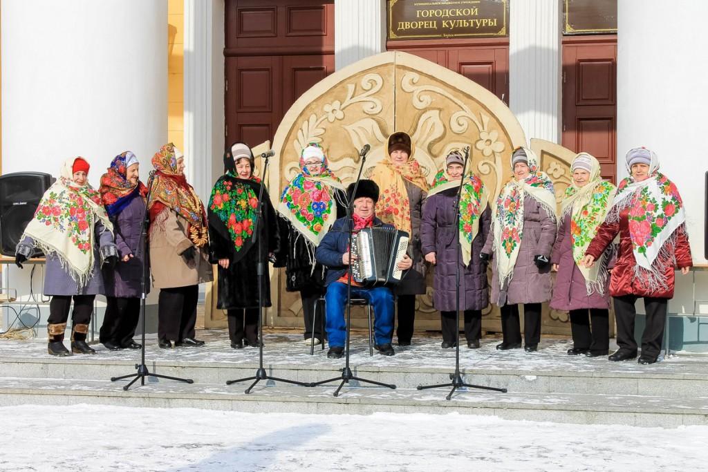 Фото Широкой Масленицы у ГДК