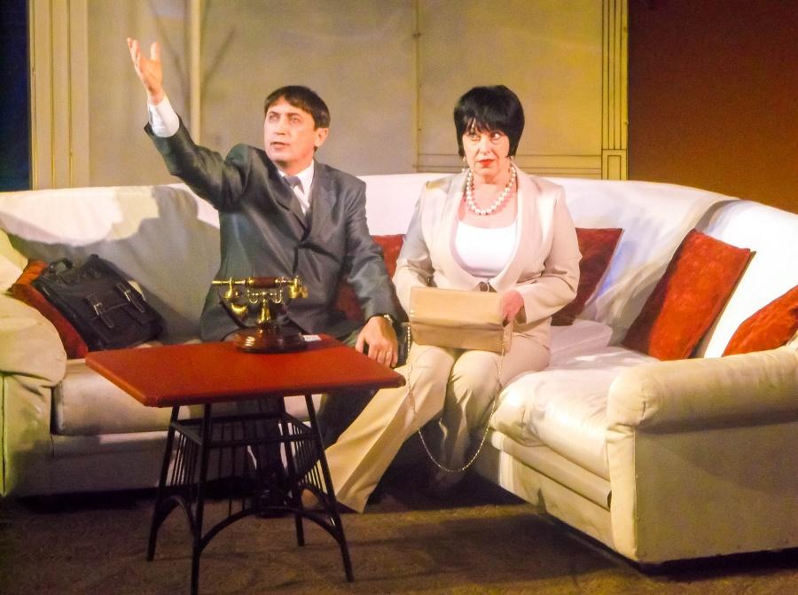 Спектакль по пьесе Марка Камолетти «Ох, уж эта Анна»