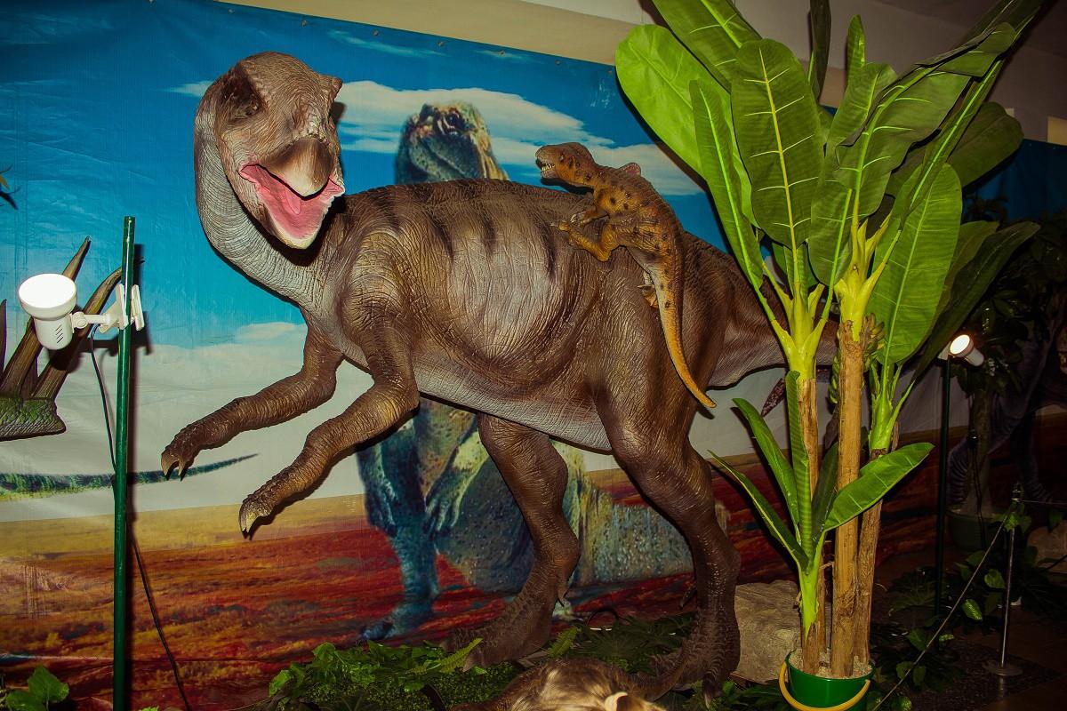 Шоу-выставка «Возвращение динозавров». 09.02-15.03.15