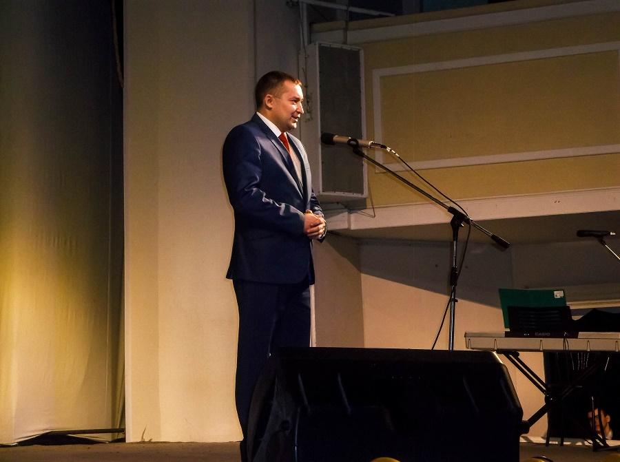 Олег Гузеев