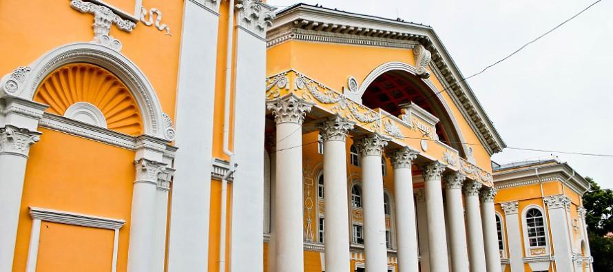 Театр танца «Искушение» (г. Санкт-Петербург) выступит в Бийске