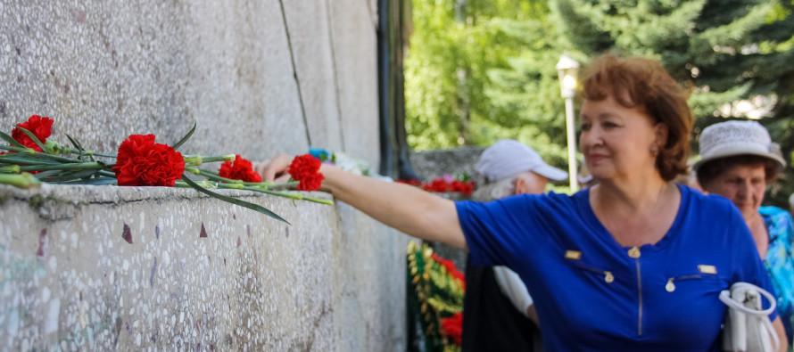 Бийчане почтили память погибших в Великой Отечественной войне