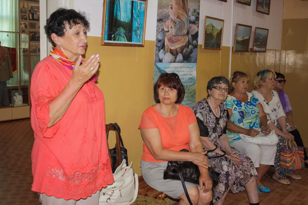 Фотовыставка Людмилы Плотниковой в Бийске