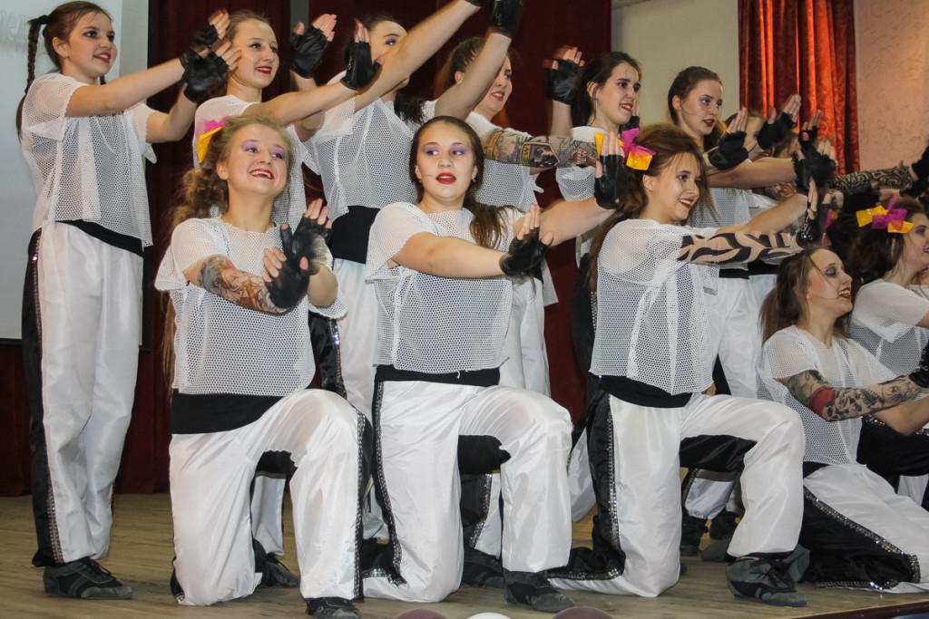 """В Бийске прошел отчетный концерт студии """"Индиго"""""""