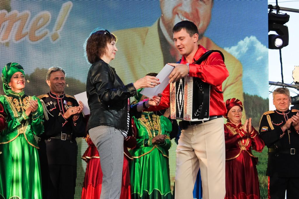 """Фотографии с закрытия фестиваля """"Земляки"""""""