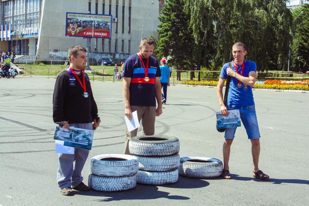 В Бийске прошли соревнования по скоростному маневрированию