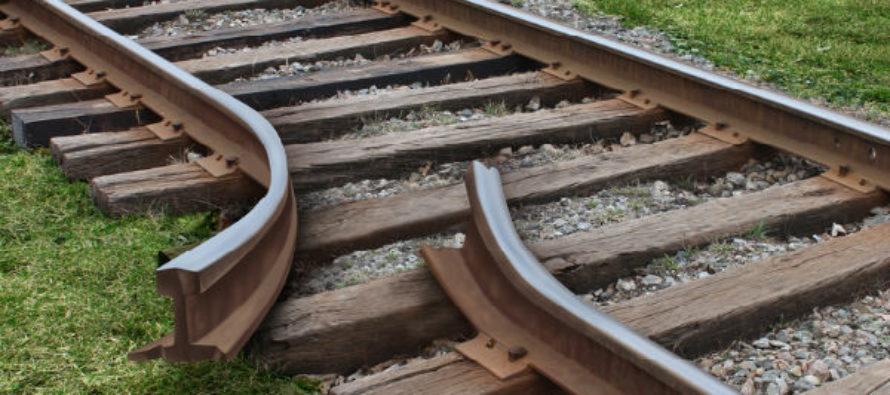 На Алтае супружеская пара занималась грабежом железных дорог