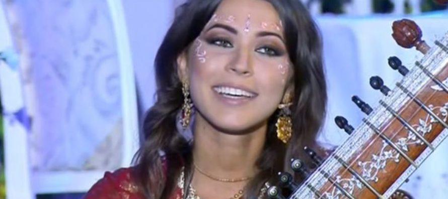 Барнаульская красавица в сари победила в «Поле чудес»