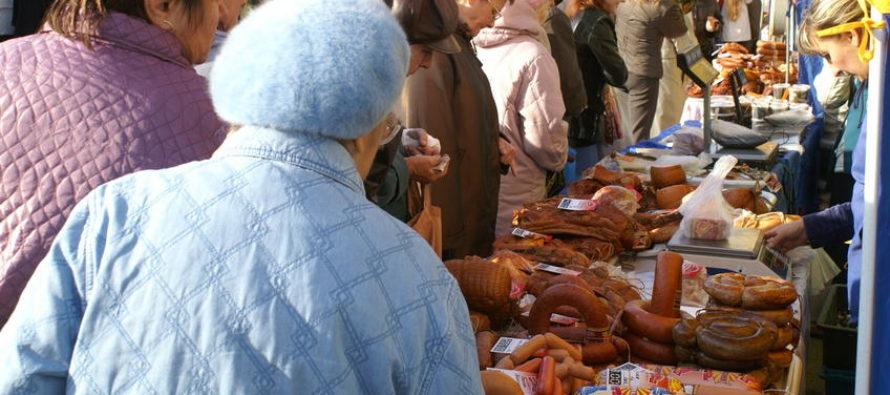 Товарооборот социальной ярмарки в Барнауле пробил отметку 10 миллионов рублей