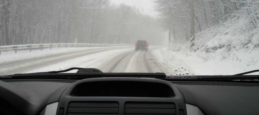Из-за ухудшения погоды «Автодорстрой» в Барнауле перевели на двухсменный график