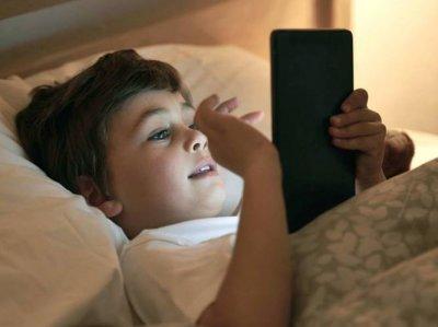 Ученые узнали, почему нынешние дети плохо спят
