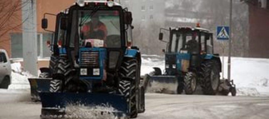 На барнаульских улицах сегодня работают 78 единиц снегоуборочной техники