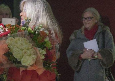 Секс-символ 90-х Саманта Фокс привезла вПетербург маму