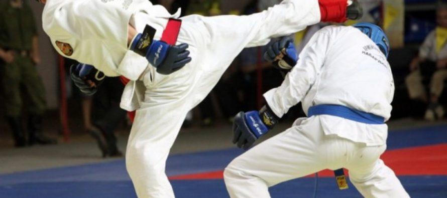 Алтайская спортсменка Елена Устинова стала призером чемпионата России по рукопашному бою