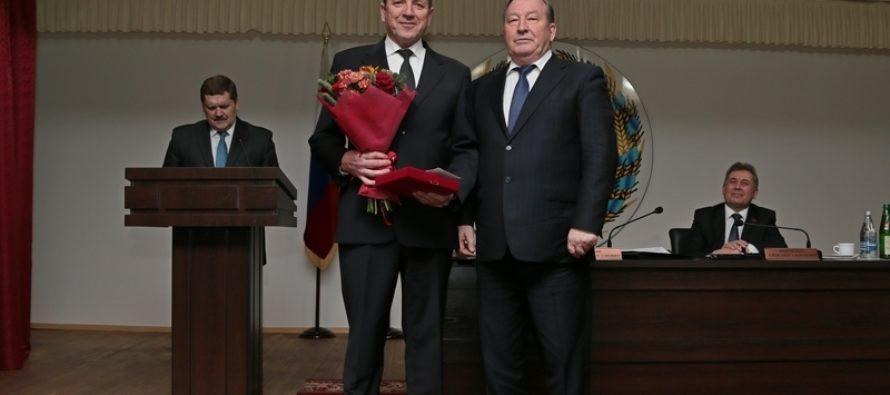 Главным приоритетом работы органов исполнительной власти всех уровней в Алтайском крае была и остается работа с людьми — губернатор
