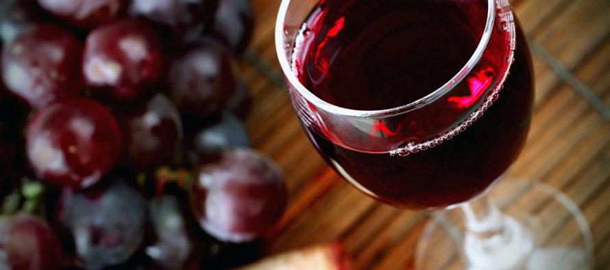 Ученые: Красное вино увеличивает продолжительность жизни