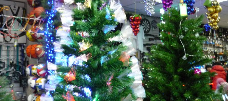 В Алтайском крае проводят конкурс на лучшую искусственную елку