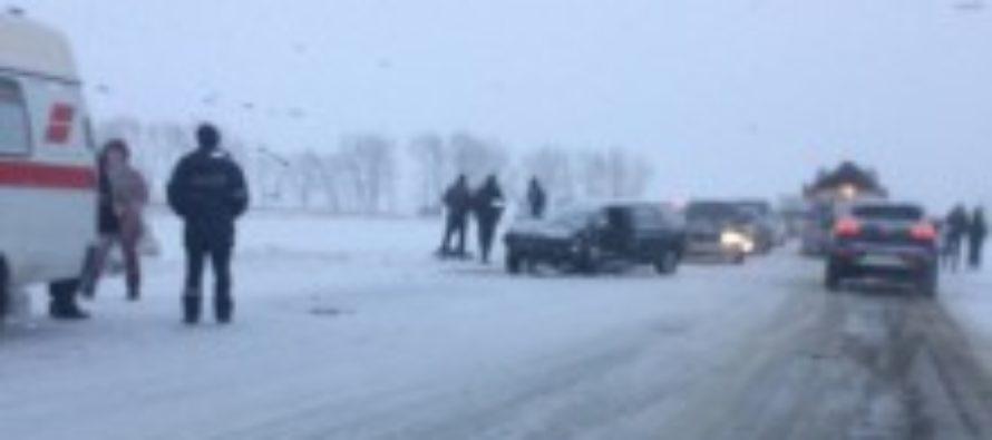 На трассе Бийск — Барнаул столкнулись две иномарки