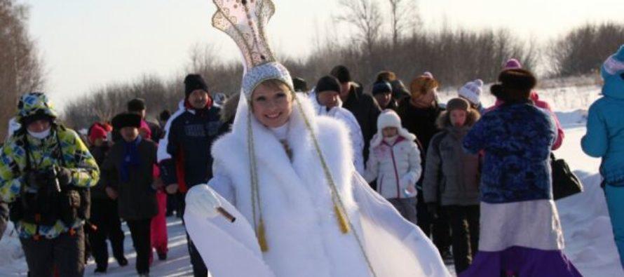 «Алтайская зимовка»: в краевых соревнованиях по мотолыжным гонкам участвовало рекордное количество экипажей