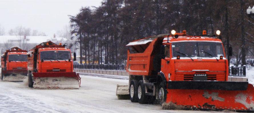 На федеральных трассах Алтайского края задействовали 53 единицы дорожной техники