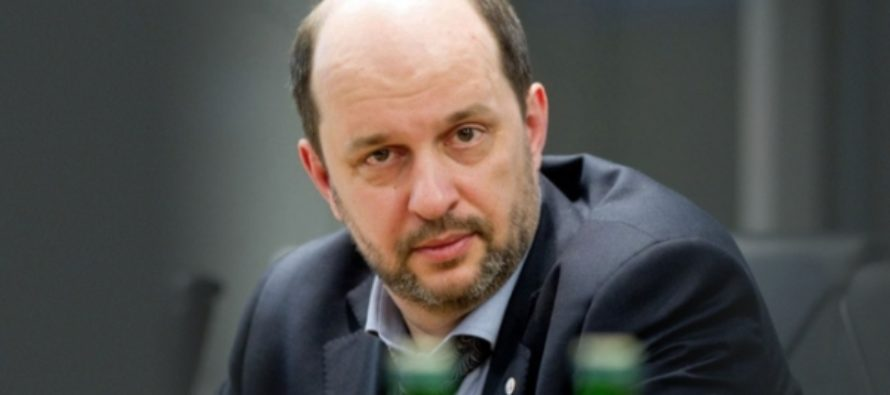 Клименко заявил, что Запад может отключить РФ от мирового интернета