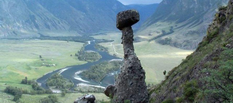 Республика Алтай хочет объединиться с Арабскими Эмиратами и Чехией