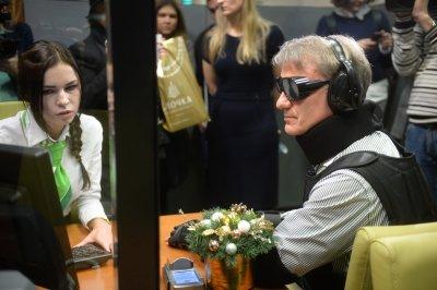 Герман Греф попытался получить кредит вСбербанке ввиде инвалида