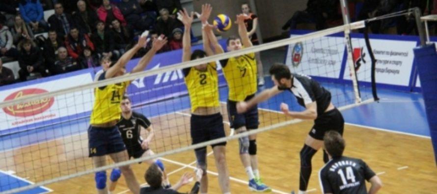 Барнаульский «Университет» успешно завершил первый круг чемпионата