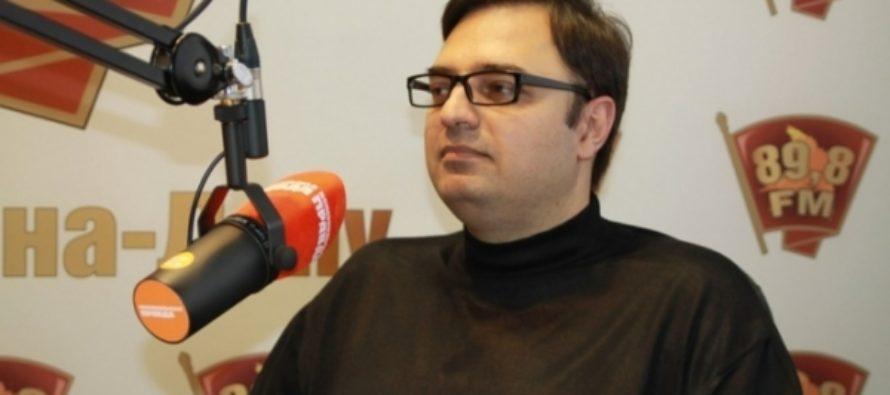 Автор петиции против новогодних огоньков извинился перед Пугачевой