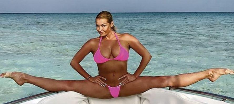 Анастасия Волочкова: Умываюсь водой, в которой настаивается банный веник, и ни морщинки!