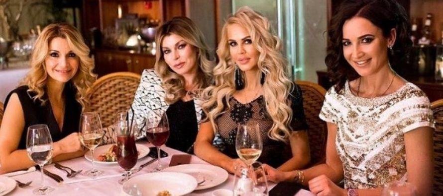 Ольга Бузова полностью арендовала роскошный ресторан, чтобы отпраздновать день рождения без мужчин