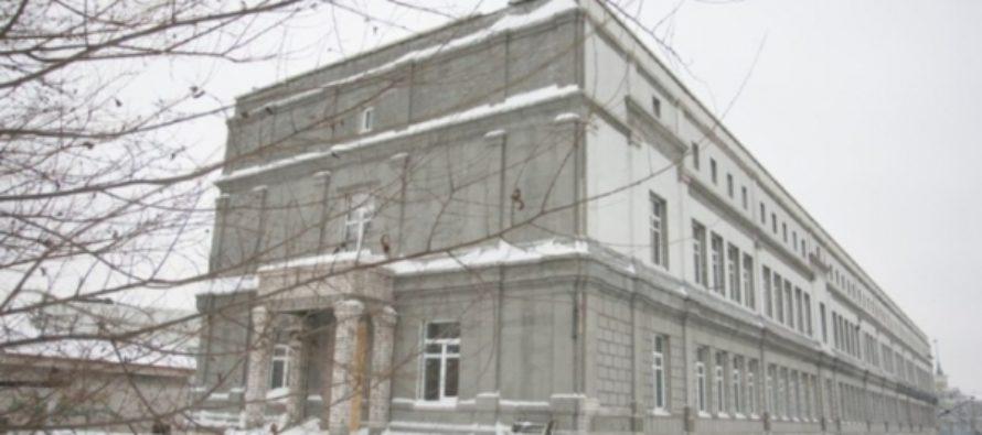 Губернатор Карлин пообещал достроить художественный музей в Барнауле