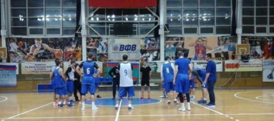 «Алтайбаскет» в первом домашнем матче года разгромил команду «Нефтехимик»