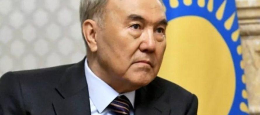 Назарбаев хочет запретить черные наряды женщин и бороды у мужчин