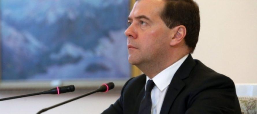 Российское правительство продолжит работу над «майскими указами» — Медведев