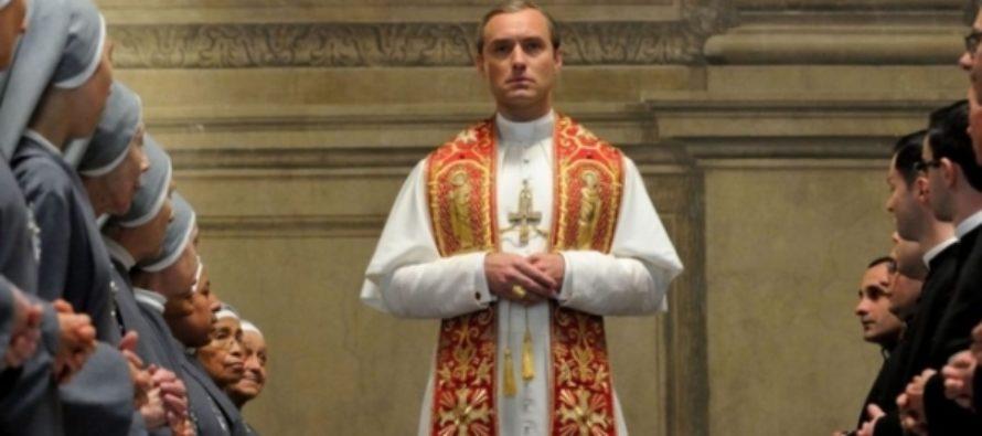 Второй сезон «Молодого папы» перенесли из-за фильма про Берлускони