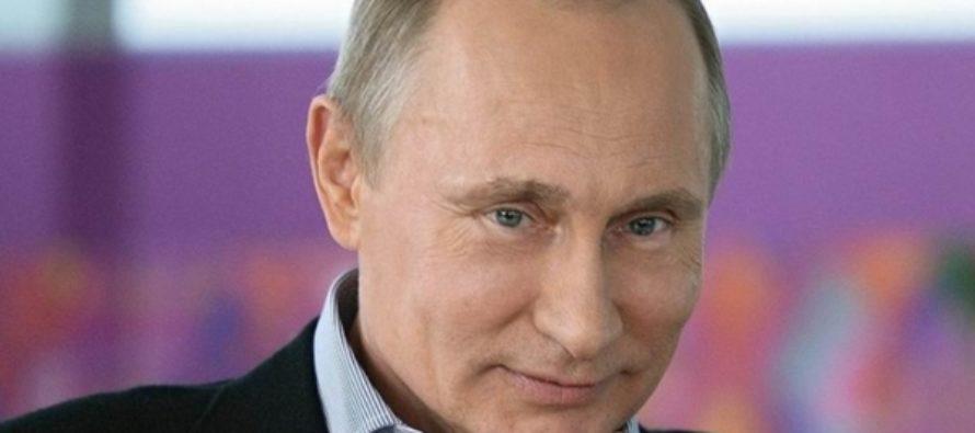 Владимир Путин заявил, что Россия будет бороться с «цветными революциями»