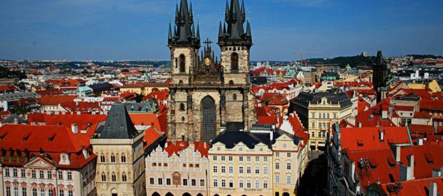Какие достопримечательности можно посетить в Праге?