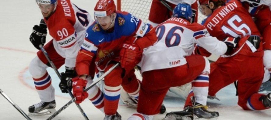 Сборная России по хоккею разгромила чехов и вышла в полуфинал ЧМ