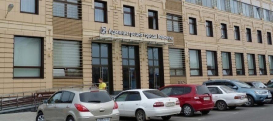 Первые после босса: сколько заработали ведущие чиновники мэрии Барнаула?