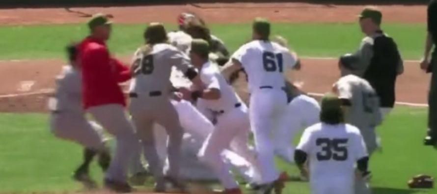 Массовая драка произошла на бейсбольном матче в США. Видео